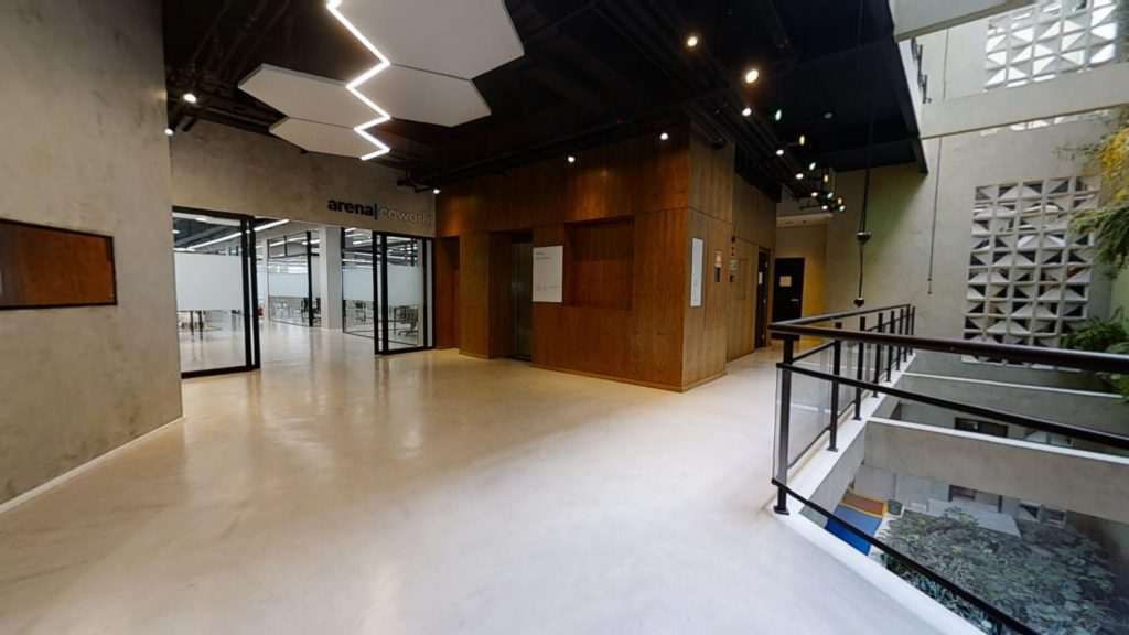 Arena Cowork  / Entrada